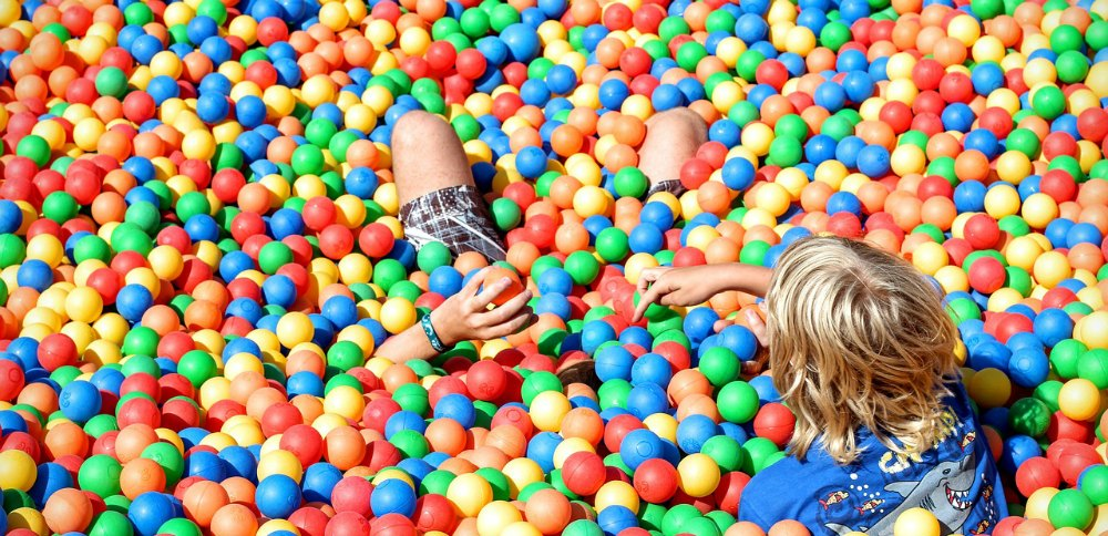 soft play ball pit