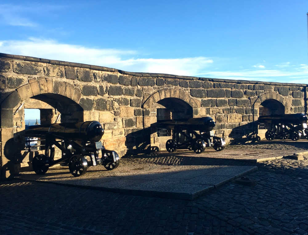Row of cannons at Edinburgh Castle