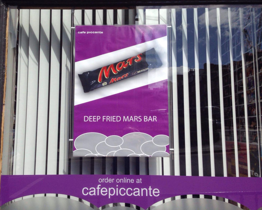 Image of Cafe piccante - deep fried mars bar