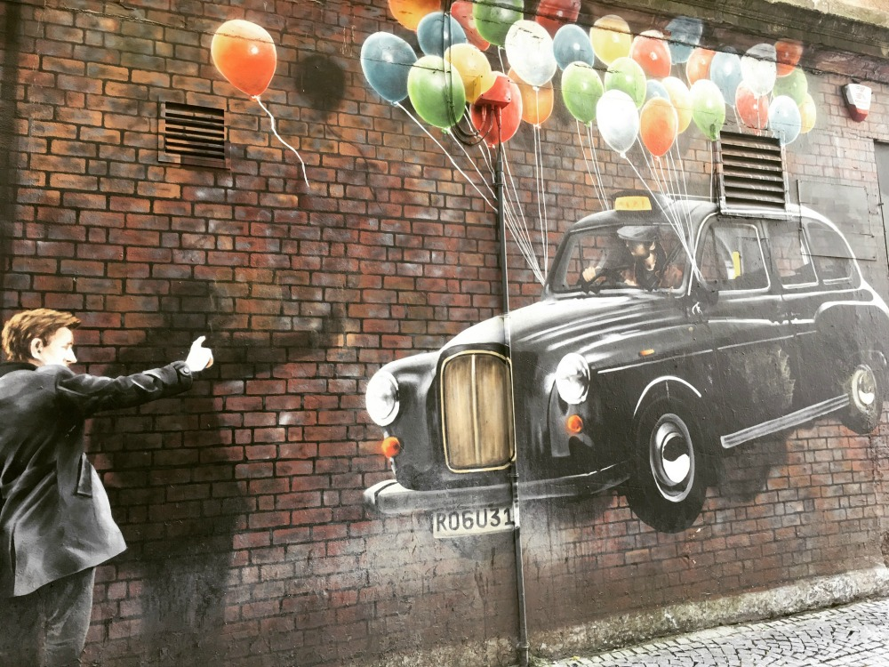 Glasgow - Street Art Mural, Taxi + Balloons